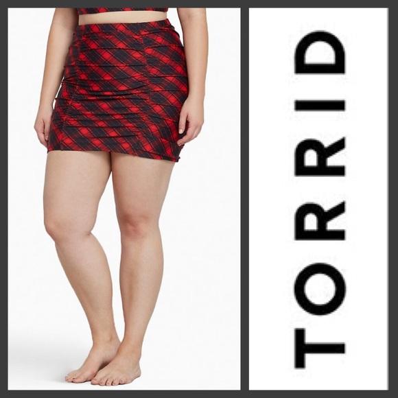 c7712fc335b56 torrid Swim   Skirt Bottoms Plaid Size 1x   Poshmark
